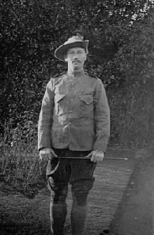 Lieut AMC Hollist in Boer War uniform
